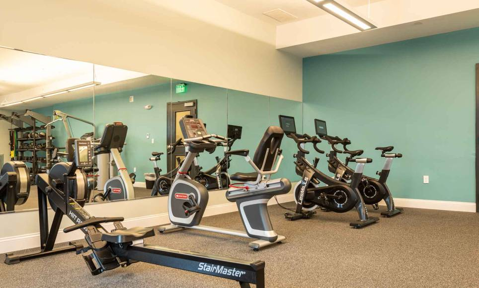 Fitness room equipment at One Wall St.
